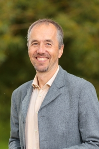 Dr. Lars Stöckl